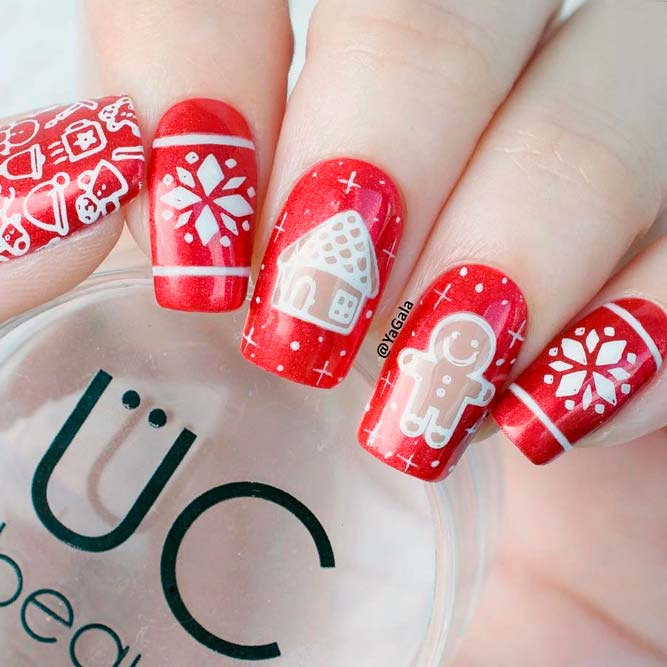 Sweet Christmas Nail Design With Gingerbread Man #rednails #stampingnails #wintrnails