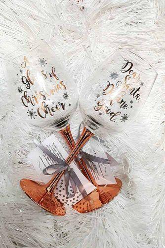 Christmas Glasses Gift Idea #glassesgift