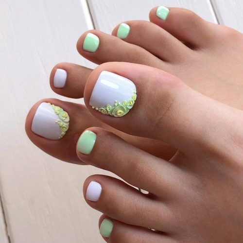 3D Floral Toe Nails Art #floralnailart