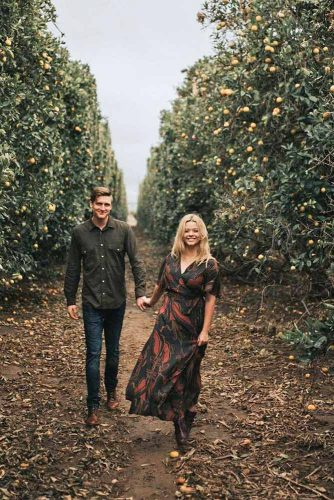 fall-engagement-photos-cutes-19