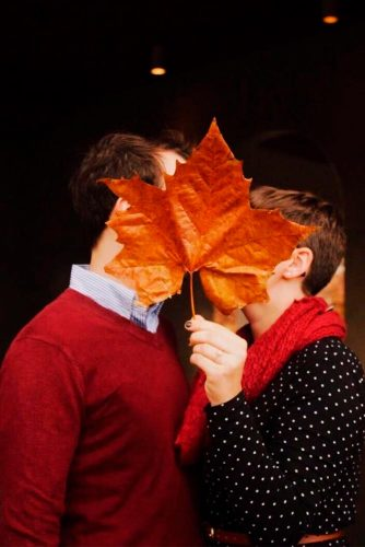 Nice Engagement Photo With Leaf #lovestory #beautifulphotos #love