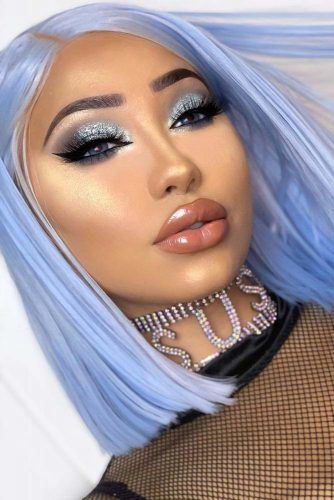 Blue Glitter Eyes Makeup With Nude Lips #glittershadow
