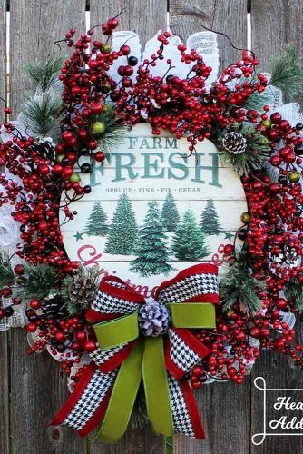 Berries Wreath With Wooden Sign #woodensign