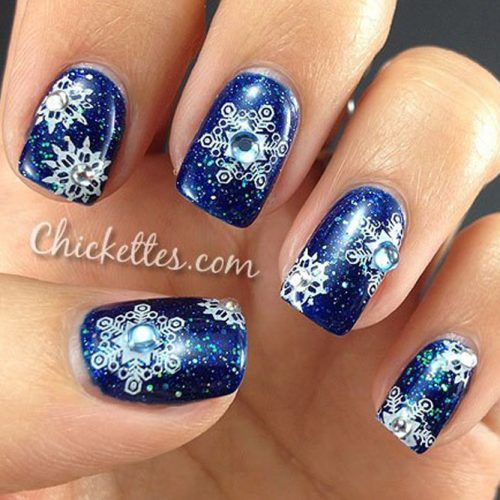 6 Frozen Snowflakes Christmas Nails
