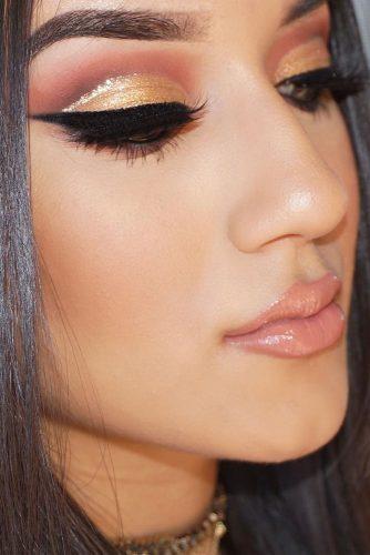 12 Amazing Glitter Christmas Makeup Ideas