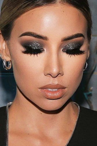 Dark Gray Glitter Smokey Eyes Makeup #darkgraysmokey