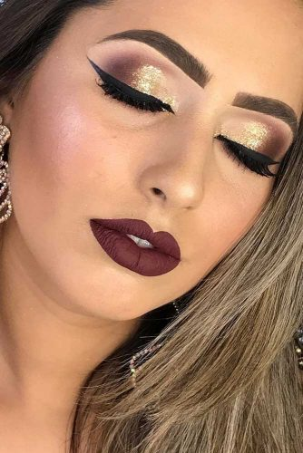 Glitter Makeup Ideas to Celebrate This Christmas picture 4