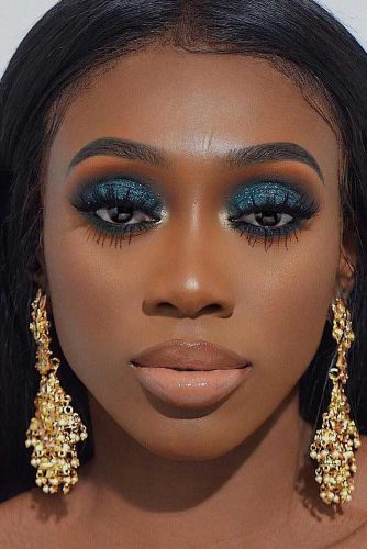 Glitter Blue Smokey Makeup Look #glittersmokey
