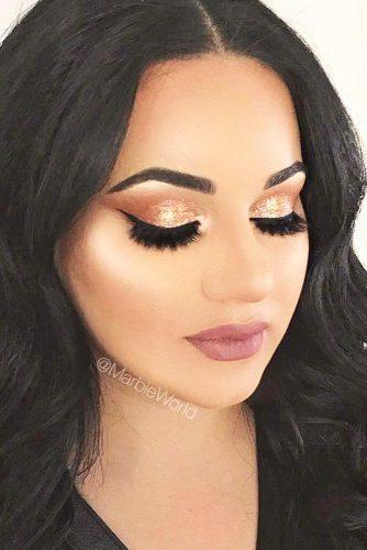 Stunning Glitter Makeup Ideas picture 3