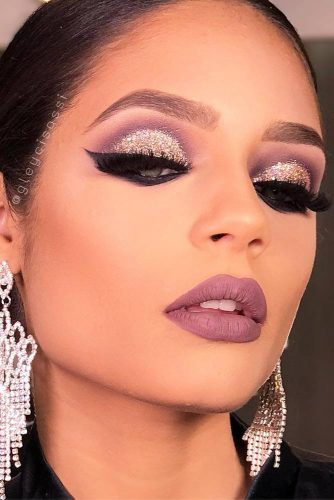 Glitter Makeup Ideas to Celebrate This Christmas picture 2