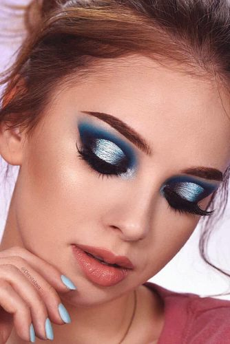 Blue Glitter Smokey Makeup Idea #blueshadow