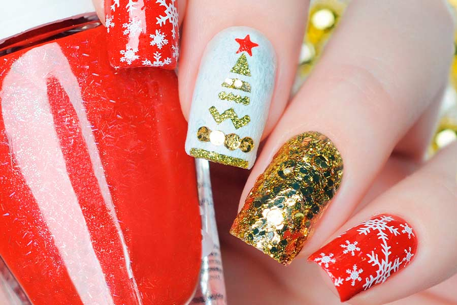the collection of red gold and white christmas nail art ideas red gold and white christmas nail art