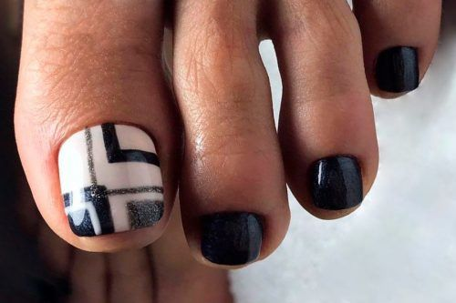 Eye Catching Toe Nail Art Ideas You Must Try
