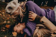 Fall Engagement Photos That Are Just The Cutest