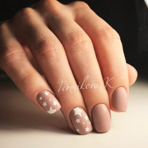 Holiday Nails Picture 4