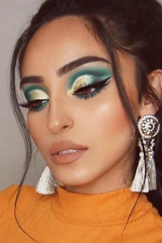 Green Cut Crease Makeup Idea #greenshadow #nudelips