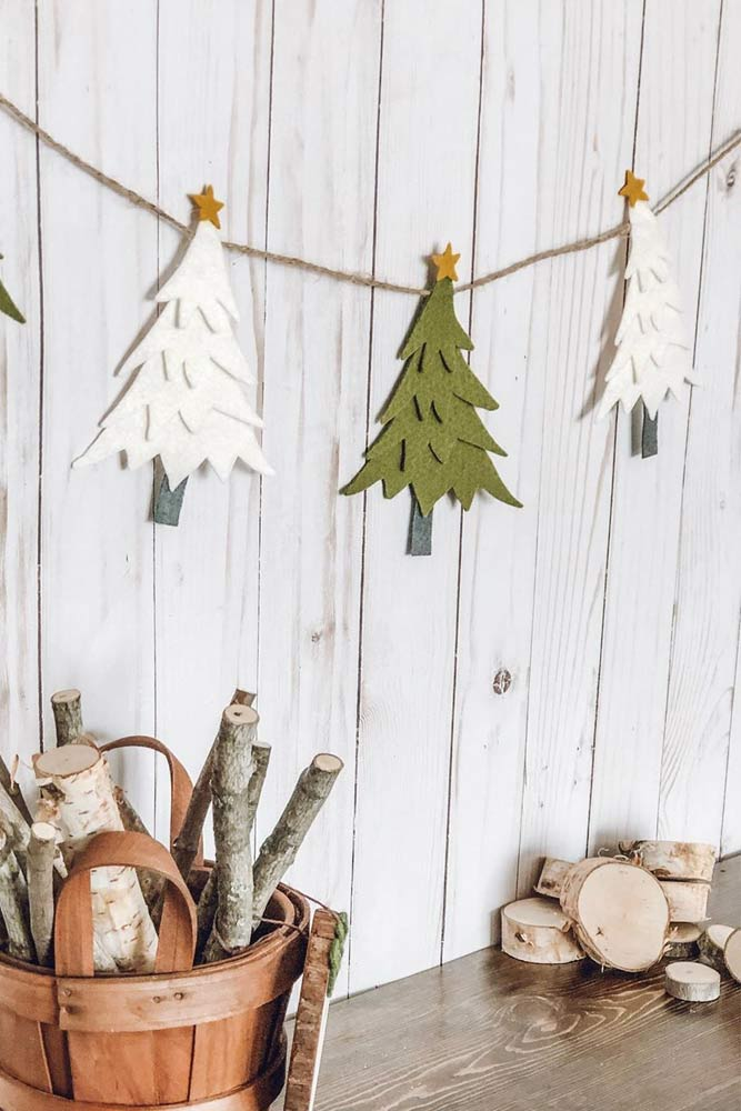 Felt Christmas Tree Garland Design #christmastree #diygarland