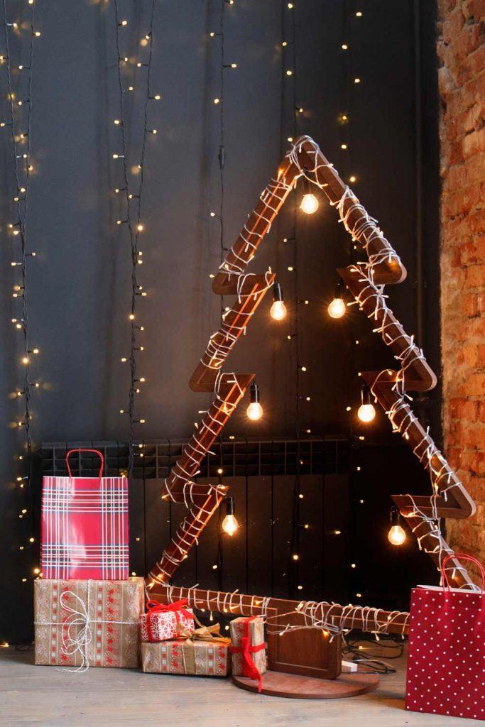 Christmas Garland Decoration Ideas with Christmas Tree
