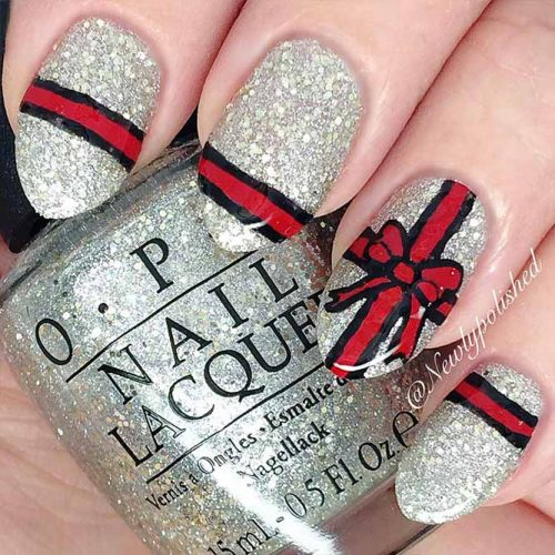 Christmas Nails Patterns for Beautiful Holiday Look Picture 6
