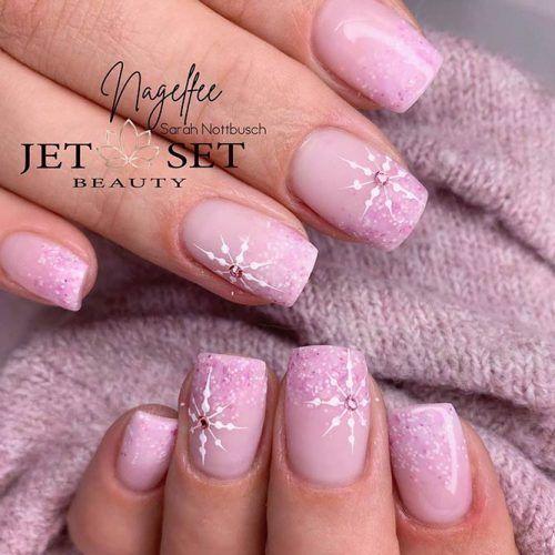 Pink Glitter Ombre Nail Design #glitternails #pinknails