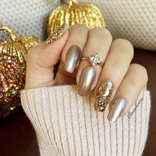 Easy Nails Designs with Christmas Colors Picture 3