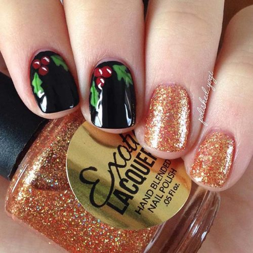 Christmas Nails Patterns for Beautiful Holiday Look Picture 1