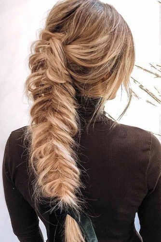 Messy Fishtail Braid #fichtailbraid #messyhairstyle