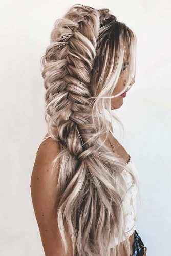 Voluminous Side Braid #sidebraid #volumnioushairstyles