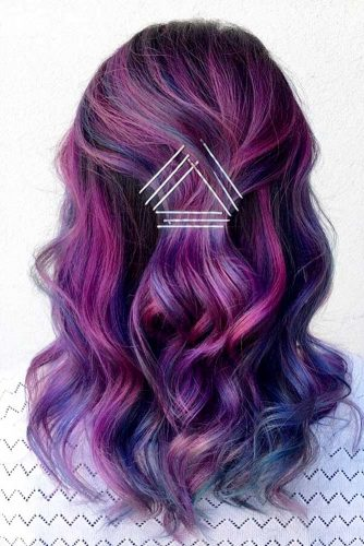 Messy and Sleek Bobby Pin Hairstyles picture3