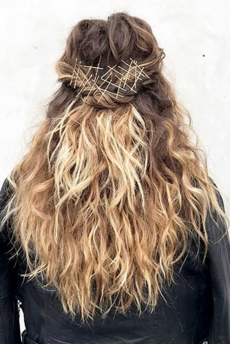 Sophisticated Bobby Pin Hairstyles picture4