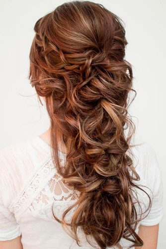 12 Super Cute Christmas Hairstyles for Long Hair