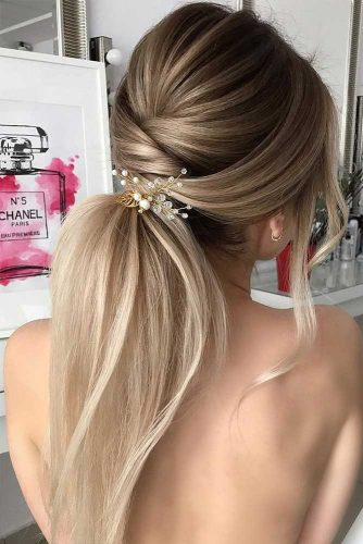 Hairstyle Ideas for Perfect Look on Winter Holidays Picture 1