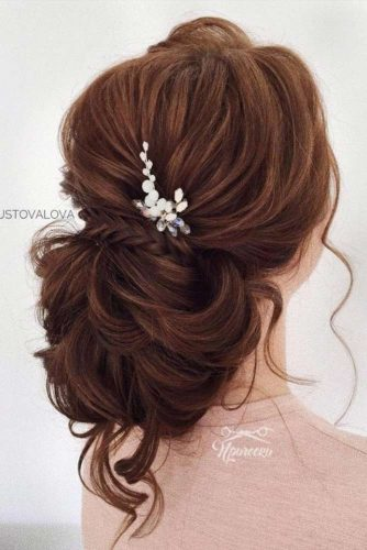 Amazing Updo Hairstyles for Long Hair Picture 3