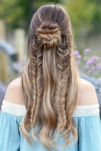 Beautiful Hairstyles for Christmas Celebration Picture 5