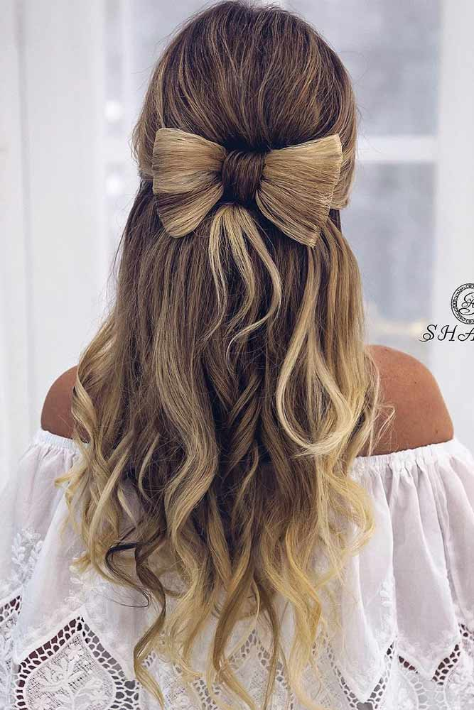 Beautiful Hairstyles for Christmas Celebration Picture 3