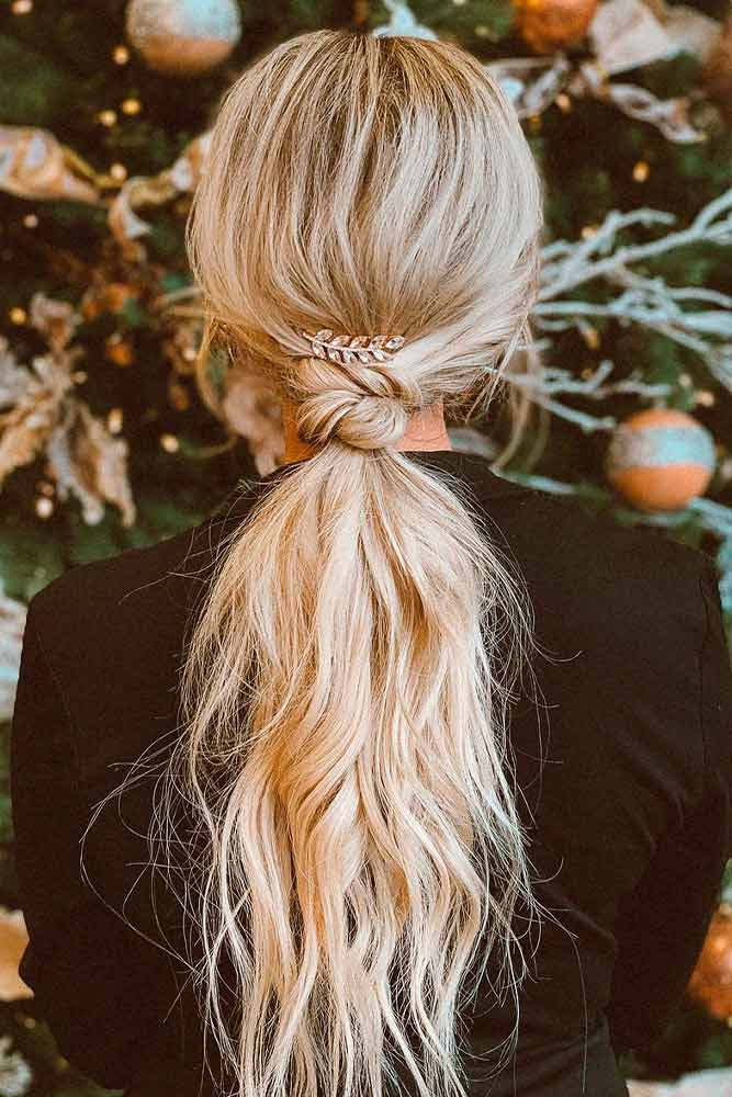 Shaggy Low Ponytail #ponytailhairstyles #easyhairstyles