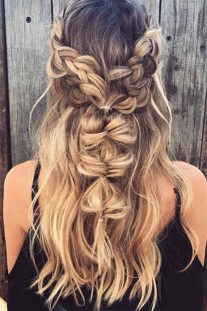 Beautiful Hairstyles for Christmas Celebration Picture 6