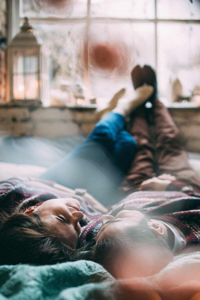 Romantic Photo Idea at Bed