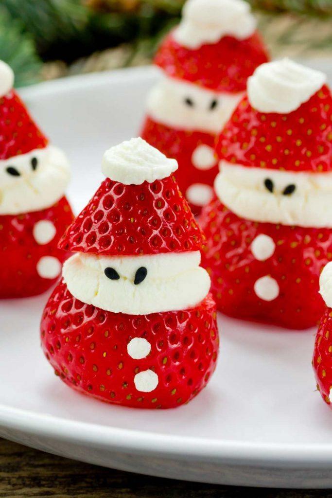Strawberrie Santa Dessert Idea