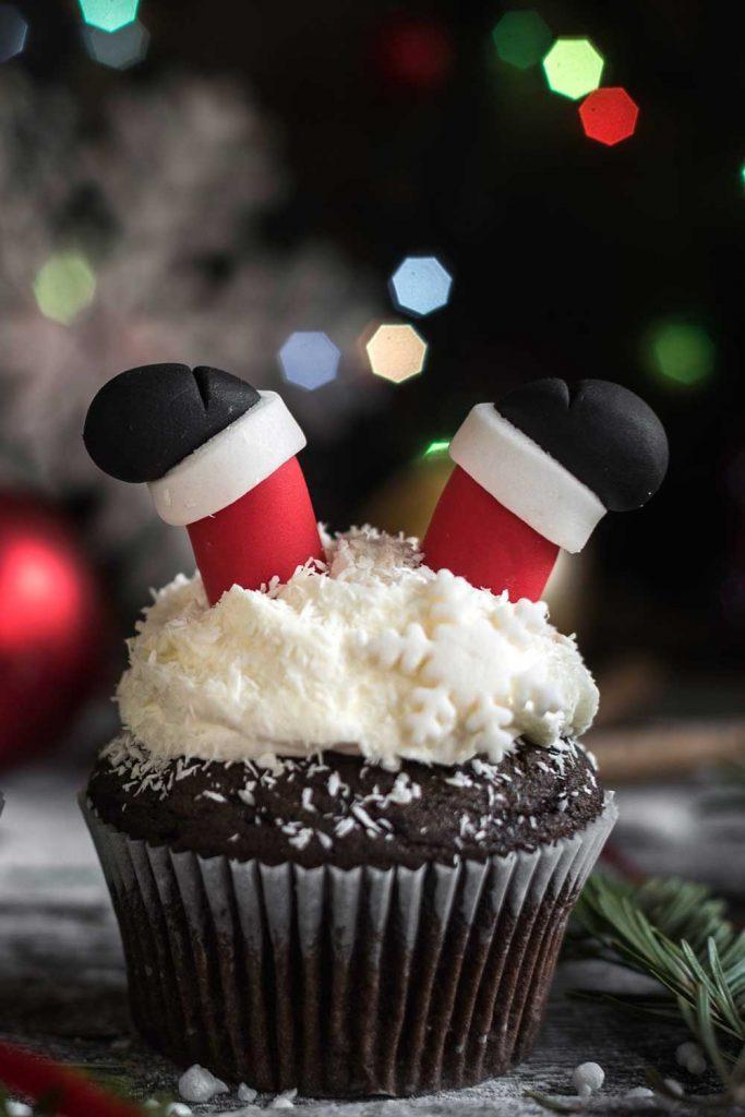 Cupcake with Santa Claus