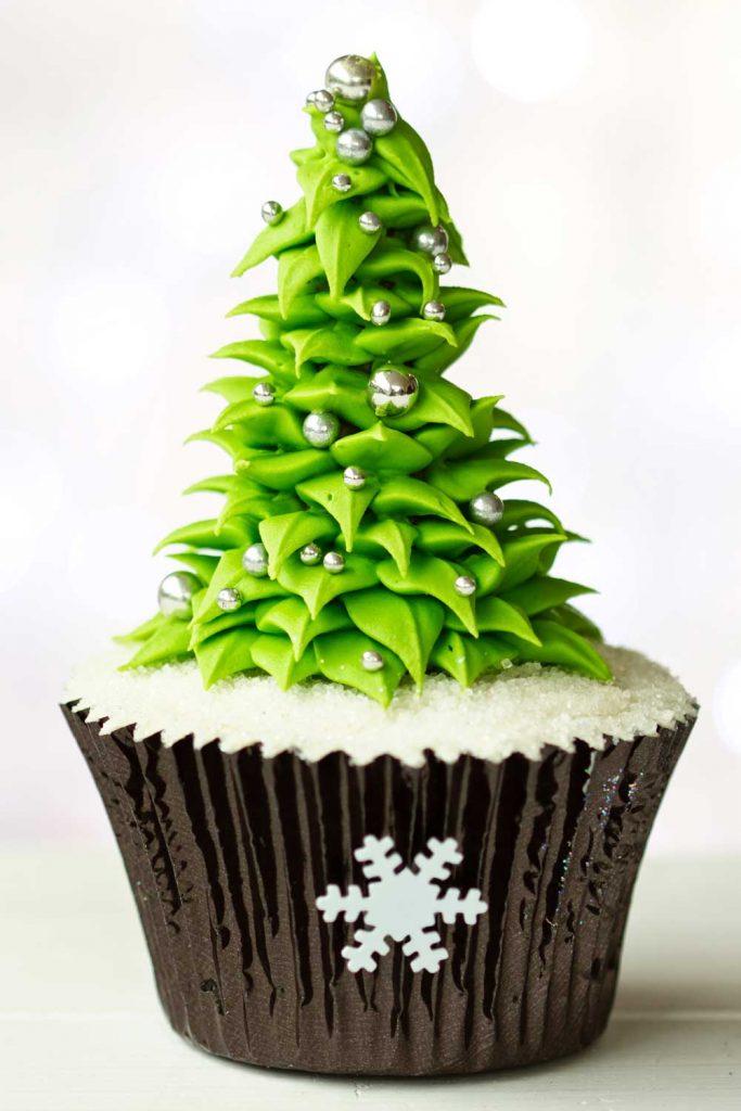Christmas Tree Cupcake Decor