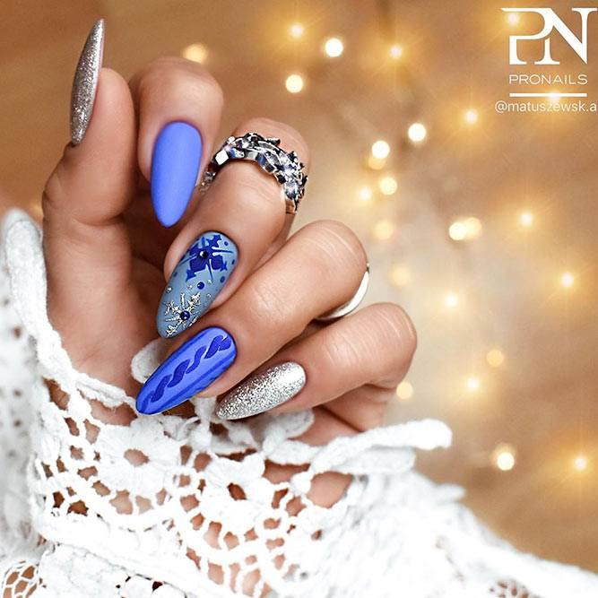 Blue Sweater Nail Design #sweaternails #bluenails #mattenails