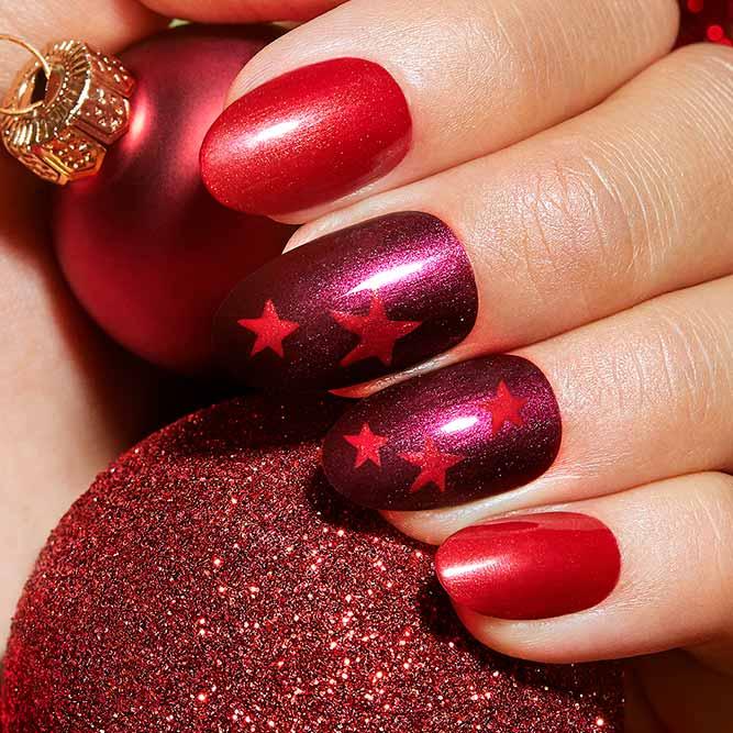 Red Christmas Stars #rednails #starsnailart