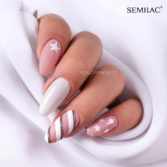 Nude Candy Striped Nails #nudenails #candynails