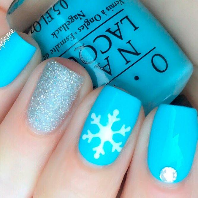 Blue Frozen Nails With Glitter Accented Finger #glitternails #winternails