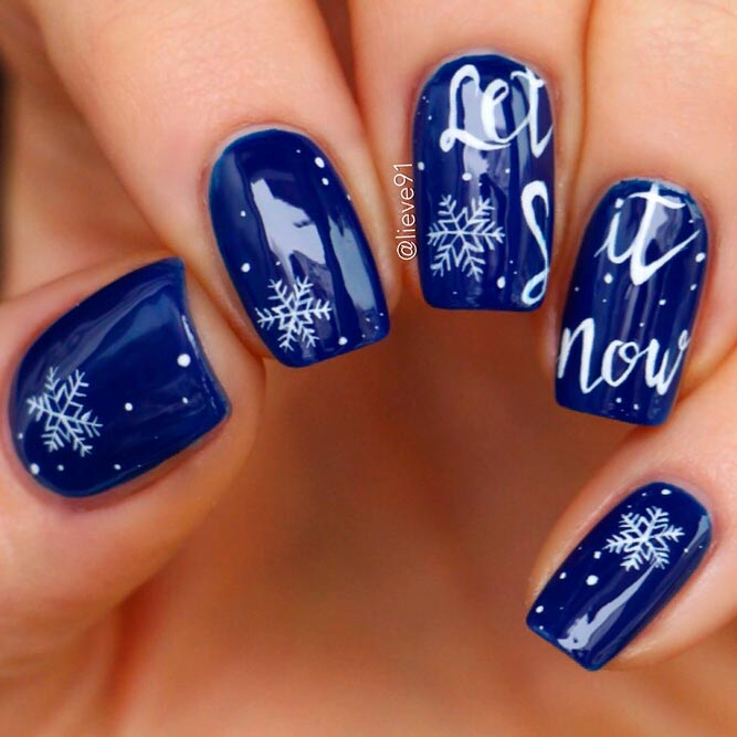 Blue Nail With Snowflakes #winternails #christmasnails