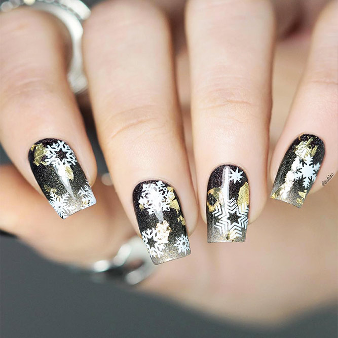 Beautiful Christmas Nail Designs Picture 1