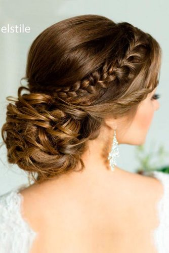 12 Great Hair Updos for Christmas