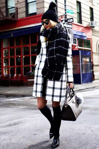 Cute Winter Holiday Looks picture 3