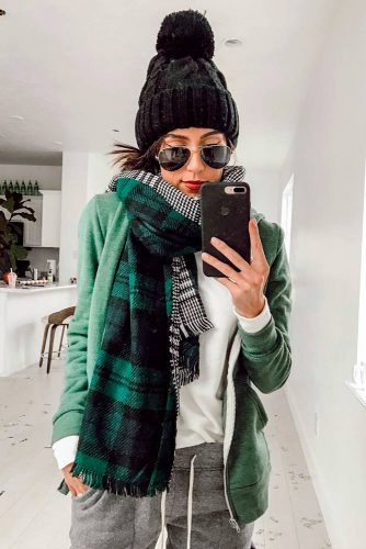 Cute Winter Holiday Looks picture 6